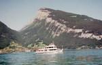 写真3 トゥーン湖観光船.jpg